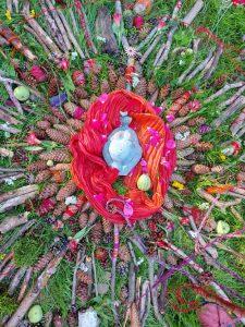 Natur Mandale am Roten -Königinnen-Picknick